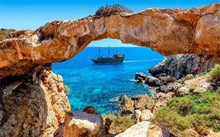 Кипр переносит открытие для туристов из России на апрель 2021 года